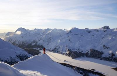 ENGADIN St. Moritz: Freeride im Skigebiet Corvatsch/Furtschellas